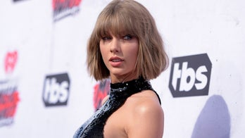 Taylor Swift cancels tour due to 'unprecedented pandemic': 'I'm so sorry'