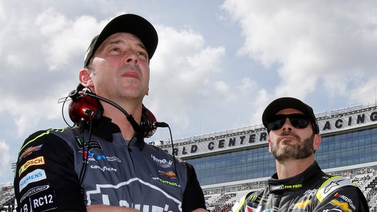 NASCAR's Jimmie Johnson, Chad Knaus split after 17 years
