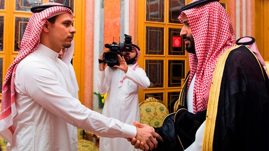Jamal Khashoggi's son, Mohammed Bin Salman photographed at meeting after activist's death
