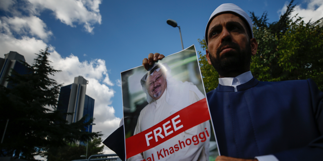 Jeremy Hunt warns Saudi Arabia over disappearance of journalist Jamal Khashoggi