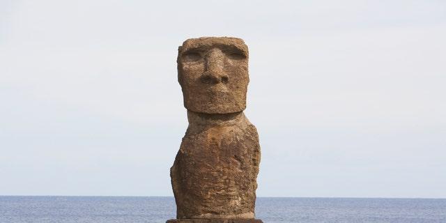 Moai At Hanga Kio'e, Rapa Nui (Easter Island), Chile (Photo by: Insights/UIG via Getty Images)