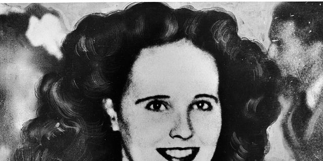 Portrait of aspiring American actress and murder victim Elizabeth Short (1924 - 1947), 1940s. Short became known as the Black Dahlia after her body was discovered in a vacant lot, her corpse naked and severed in two. The murder remains unsolved.