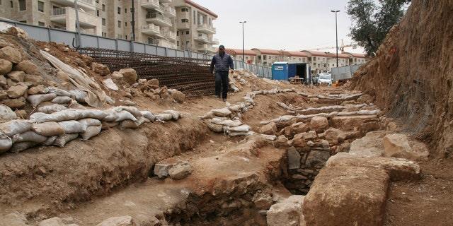 The archaeological excavations at Binyanei Ha'Uma. (Photo: Yoli Shwartz, IAA)