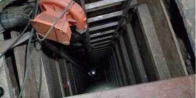 To exit the tunnel, smugglersneeded to climb up a 15-foot shaft near Jacumba, California, officials said.