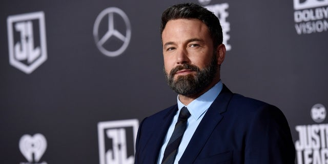 A video that appears to show Ben Affleck reacting to a woman he met over a dating app has gone viral.