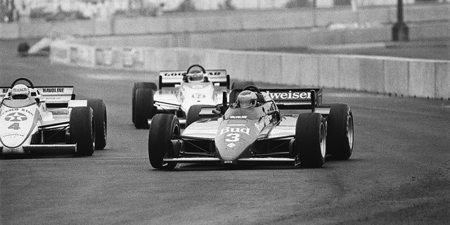 Race winner Mario Andretti leading the field at the 1984 Meadowlands Grand Prix.