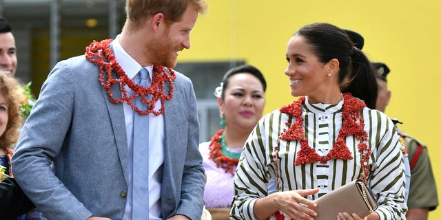 Meghan wears handmade brooch from 10-year-old wellwisher in Wellington