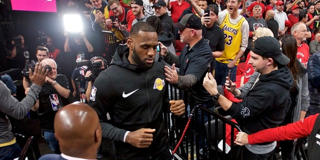 LeBron James finished the game with 26 points and 12 rebounds.