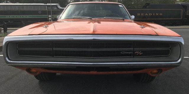 Rare Go Mango 1970 Dodge Charger 440 Six Pack Found In Barn After