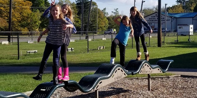 Avery, Hailey, Aliyah and Aliva have a playtime before hair and nails.