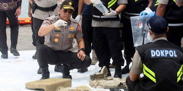 Search and rescue personnel worked through the night to find victims of the Lion Air plane crash in Indonesia.