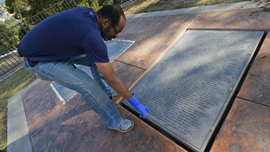 Jonestown memorials held at cemetery with remains of 400