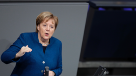 Merkel rebuffs German nationalists over migration pact