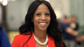 GOP's Mia Love takes lead in Utah House race as count continues