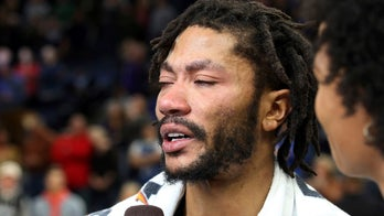 Derrick Rose fights back tears after career-high 50 points in Timberwolves' NBA win