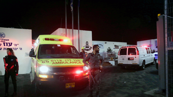 Israeli police: Palestinian stabs officers in police station