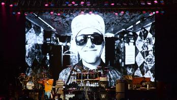 Mac Miller benefit features Chance, SZA, John Mayer