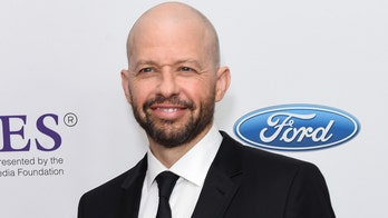 'Two and a Half Men' star Jon Cryer to star as Lex Luthor in CW's 'Supergirl'