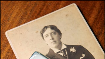 Oscar Wilde's silver cigarette case surfaces, up for auction