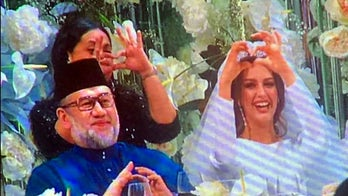 Miss Moscow 2015 converts to Islam, marries King of Malaysia