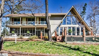 Rustic, lakeside South Carolina vacation home going for under $200K
