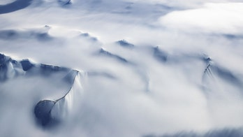 Two men attempt solo Antarctica crossing in audacious effort to make history