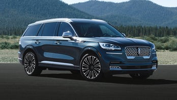 L.A. Auto Show: The 2020 Lincoln Aviator can fly...down the road