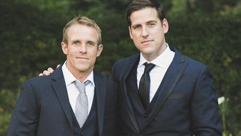 Navy SEAL Eddie Gallagher's family pleads with military after Trump defense: 'Let my brother go!'