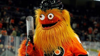Philadelphia Flyers mascot Gritty accused of punching teen at season ticket holders' event