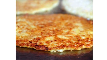 Hot and Crispy Potato Latkes (Pancakes)