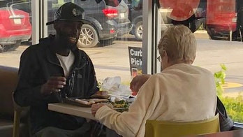 Strangers at McDonald's sit down to share meal, unexpectedly go viral: 'Why can't people be more like these two?'