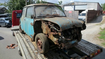 Rusty little Mini Cooper stored 40 years sold for big bucks at auction
