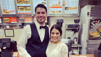 Texas newlyweds head to Whataburger post-wedding: 'What do you expect, we're Texans'