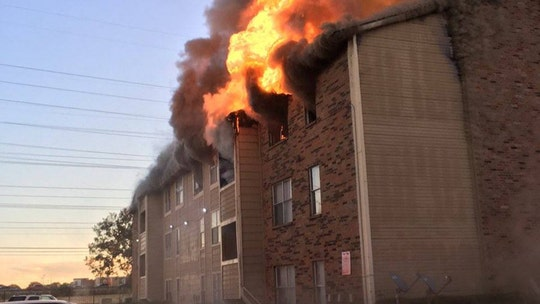 Dallas fire forces 6 people, including baby, to jump from burning building