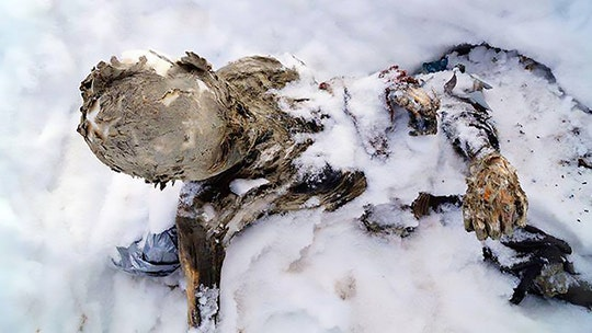 WARNING GRAPHIC IMAGE: Mummified bodies of climbers found buried in ice on Mexico's highest volcano