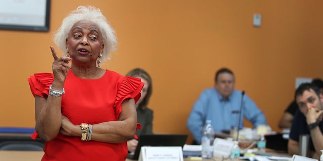 Broward County Supervisor of Elections Dr. Brenda Snipes, gives an update on the progress of ballots that are being counted from the midterm election Thursday, Nov. 8, 2018. (Carline Jean/South Florida Sun-Sentinel via AP)