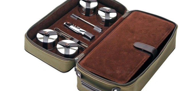 Dopp kit leather travel bar set (Home Wet Bar)