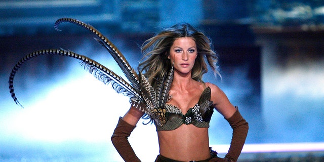 Gisele Bundchen walks the runway at the Victoria's Secret Fashion Show at the in Hollywood, Calif. on November 16, 2006.