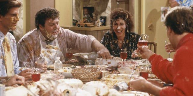 """""""Thanksgiving Orphans"""" Episode 9 -- Pictured: (l-r) Ted Danson as Sam Malone, George Wendt as Norm Peterson, Rhea Perlman as Carla Tortelli, Woody Harrelson as Woody Boyd."""