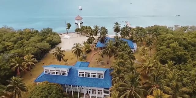 """Sex Island isdesigned for the everyman who candrop $6,000 on a """"golden ticket""""to a private island in the Caribbean.<br>"""