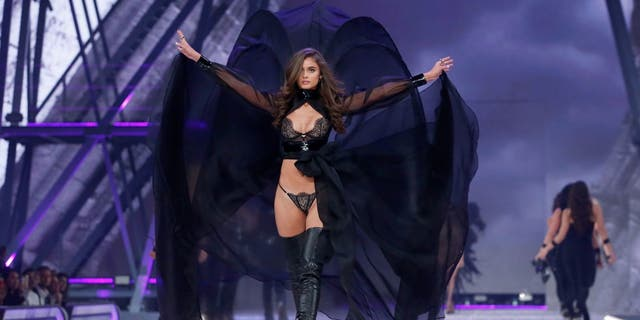 Victoria's Secret Angel Taylor Hill will appear in the brand's 2018 fashion show.