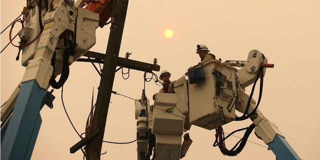 An energized power line and insulator appeared to have separated from one of the metal towers near the area where the Camp Fire broke out, the company told regulators on Tuesday.
