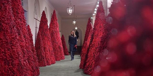 Melania Trump's White House Christmas decor does not receive the praise of previous ladies.