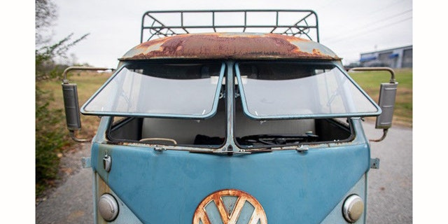 American Pickers' star Mike Wolfe is auctioning his 1962 VW