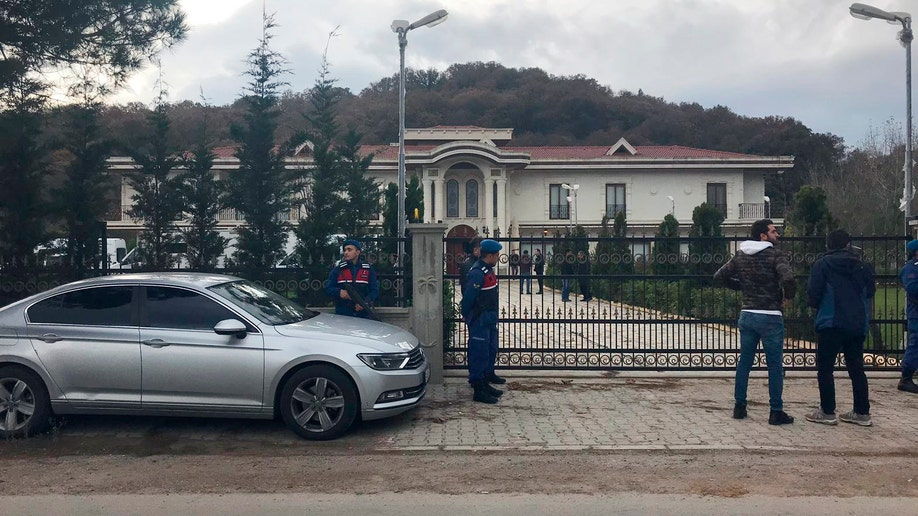 Turkish police search villa as part of Khashoggi death probe