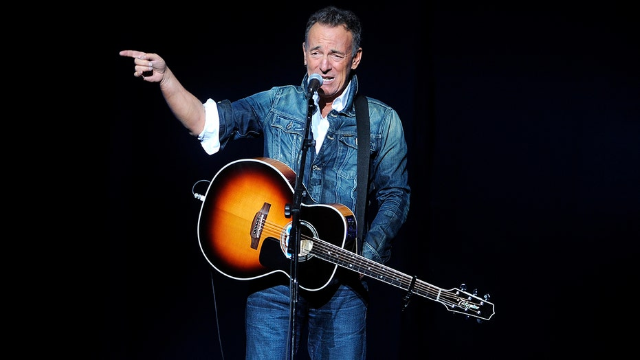 Bruce Springsteen announces new album 'Letter to You' with the E Street Band