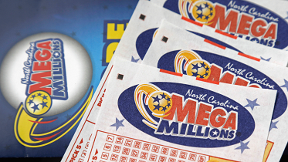 Arizona Couple Win 410 Million Mega Millions Jackpot Thanks To Family Birthdays Lucky Penny Fox News