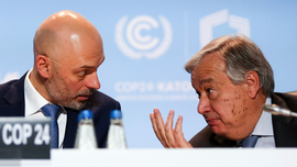 UN chief calls for compromise, sacrifice at climate talks