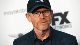 Ron Howard visits shuttered Oklahoma hospital where he was born