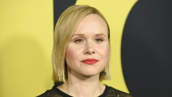 'Vice' star Alison Pill says 'conservatives would write off' Dick Cheney's gay daughter Mary as a politician today